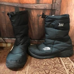 🌹NORTH FACE boots. 700 series. Offers welcome🌹